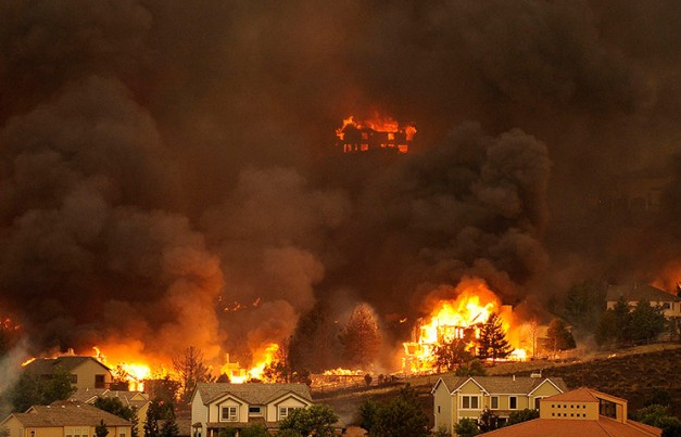 The Waldo Canyon fire burns an entire neighborhood in near Colorado Springs